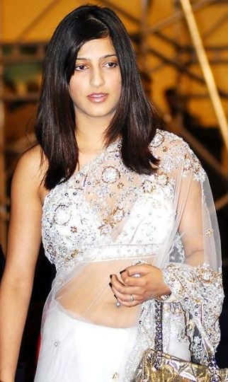 Shruti in White Saree