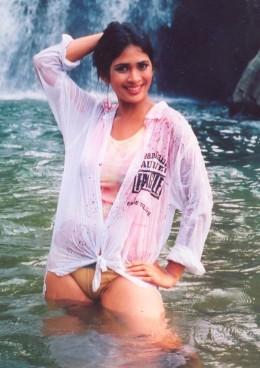Anarkali Akarsha Wet Mood