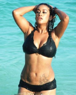 Photos of South Indian Girls, Models & Actresses in Bikini
