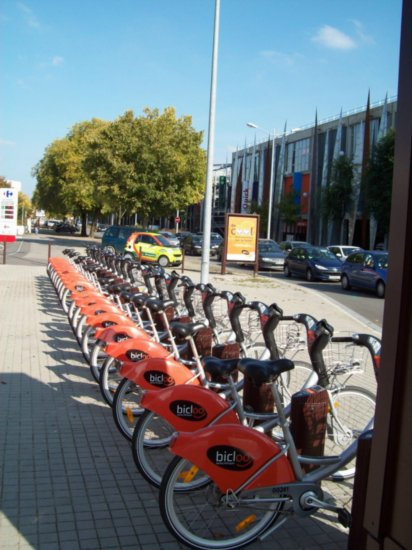 "The ""Bicloo""  hire bicycles"