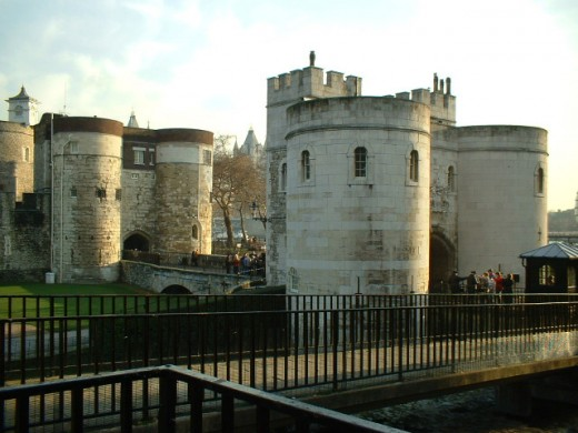 The Middle Tower (centre) guards the outer perimeter entrance across the (now) dry moat