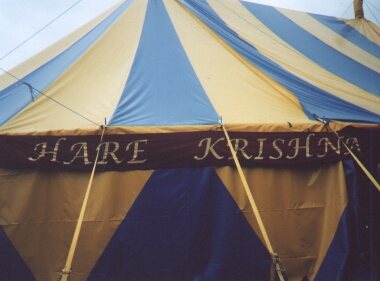 Hare Krishna, Hare Krishna Krishna Krishna, Hare Hare. Photo by Steve Andrews