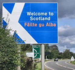 Filte gu Alba ~ Welcome to Scotland * Fayenatic london 2009 * Permission is granted to copy, distribute and/or modify this document under the terms of the GNU Free Documentation License