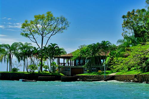 Paraty paradise house - Courtesy by flickr.com/photos/55953988@N00/4172164632