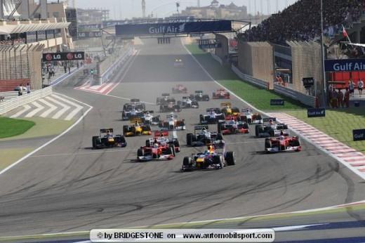 Image Source: http://www.automobilsport.com/banner/bahrain-gp-f1-race-photos-2010/imagepages/bahrain-start-race.html