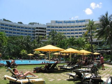 Shangri-La's Rasa Sentosa Resort, Sentosa. Credit: Sengkang  Copyright: Wikimedia Commons