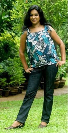Sri Lankan Woman Nadeesha Alahapperuma