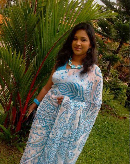 Sri Lankan Girl - Nadeesha Alahapperuma