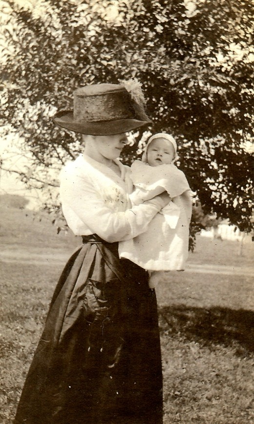 1919 Photo of My Mother-in-law As a Baby with Her Mother.