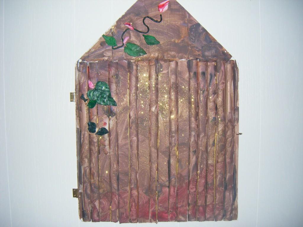 How to make a fairy door for Make an elf door