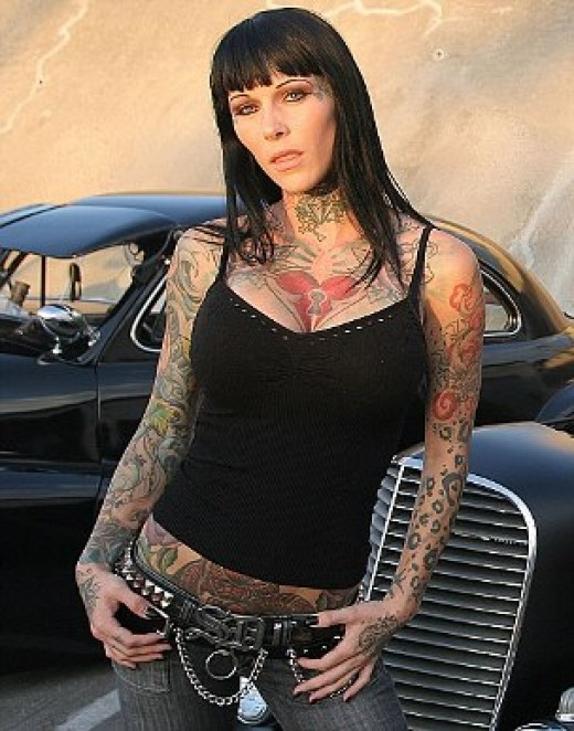 Tattoo web model Michelle McGee