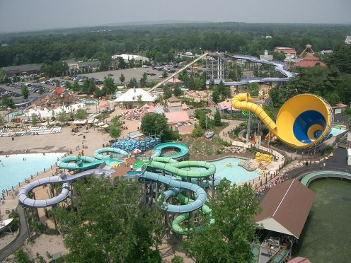 Six Flags Hurricane Harbor New England