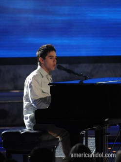 "David Archuleta melting hearts with ""Angel""!"