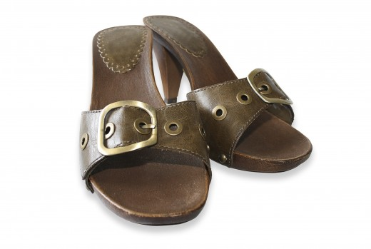 These shoes are a great example of earthy looking leather.  Use natural looking shoes when wearing boho.