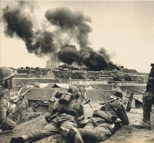 Japan's troops seizing Shashi city in China, 8 June 1940