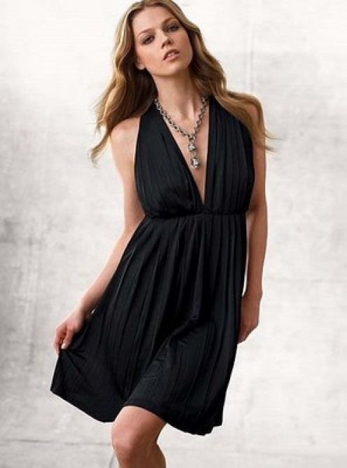 For A Figure Lacking Curves Flowing Lines Work Well For Wearing A Black Dress
