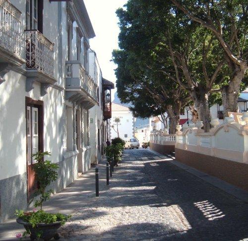 A quiet street in Los Silos