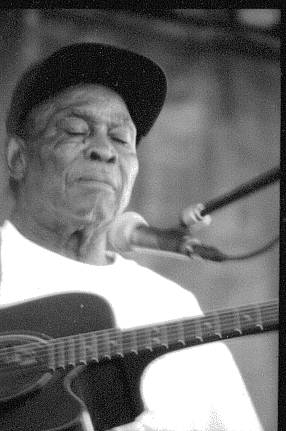 "Blues legend David ""Honeyboy"" Edwards at the King Biscut Blues Fest in 1999. 94 y.o. and still going strong!"