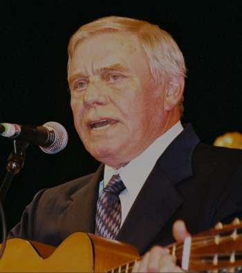 Tom T. Hall in concert.