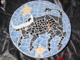 36 '' ceramic mosaic on cement capsule used to cover septic tank openings