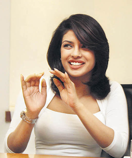 Priyanka Chopra @ DNA office