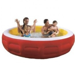 Family Fun in a Kiddie Pool