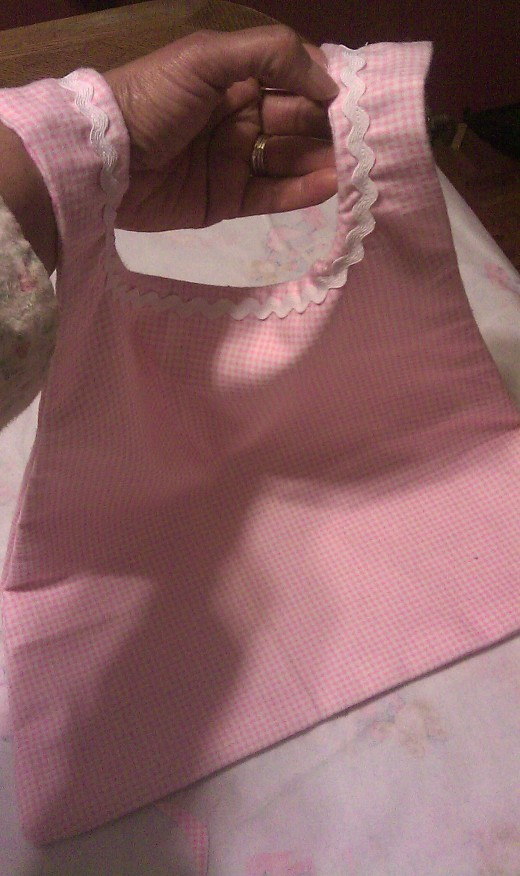 Completed toddler bib