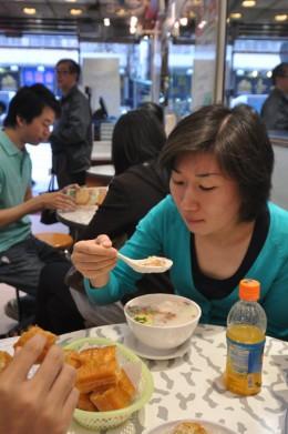 Many delicious porridge in the Mongkok area! Cheap!