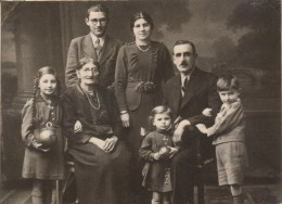 The Gaser Family in Paris 1938. Most died in Auschwitz 1945 Copyright Alexander Mayer Creative commons