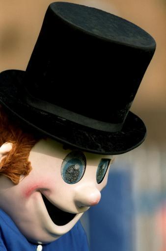 One freaky mascot!