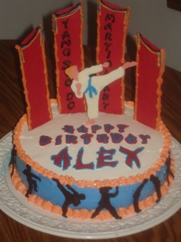 Photo Credit: CakeCentral.com