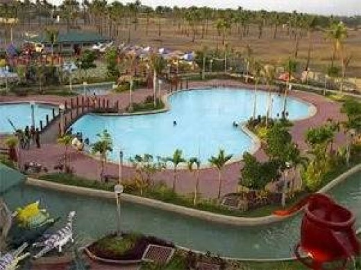 A perfect way to beat the heat of the sun during summer here is going to the Dagupan Leisure Coast. Picture from flickr.com