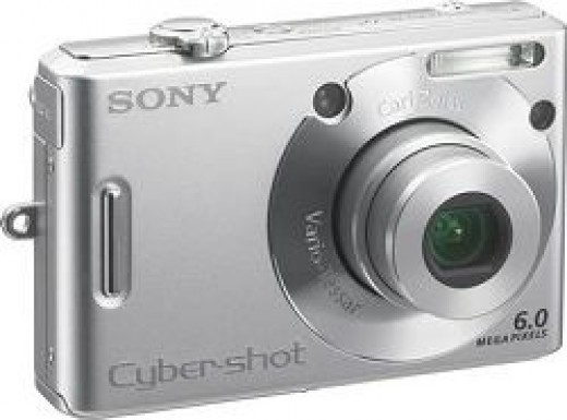 Digital Still Photo Camera Sony Cybershot DSC-W30