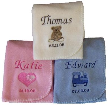 Personalized fleece balnkets from mypersonalisedgifts.com