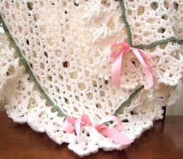 Beautifully decorated baby blanket from babyblankets.usbabyblankets.us
