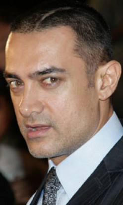 Aamir Khan hurt, hospitalised