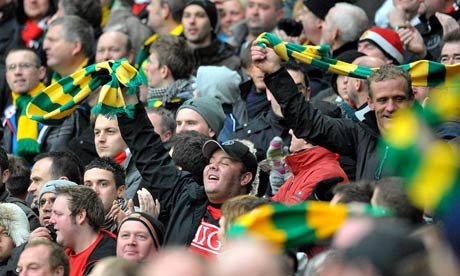 Green and Gold till Manchester United is sold!  Anti Glazer campaign.  Picture from Guardian website.