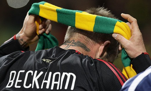 United Hero David Beckham shows his true colours!