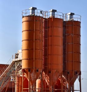 These silos and accompanying structure needs proper maintenance to stand still for their complete service life.