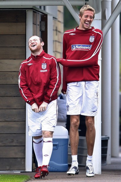 Wayne Rooney and Peter Crouch