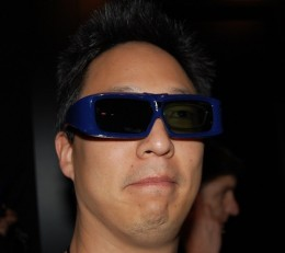 You can see the left lens is actually being blocked on these shutter 3d glasses.  Picture from engadget.com