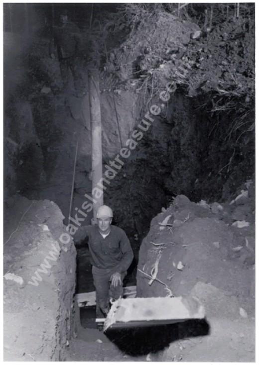 The Oak Island excavation - image from oakislandtreasure.co.uk