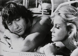 Circa 1970 Jets quarterback Joe Namath and Ann-Margret.  Image by  Bettmann/CORBIS