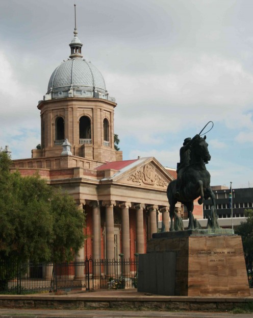 The Fourth Raadsaal with statue of Christiaan de Wet. Photo Tony McGregor