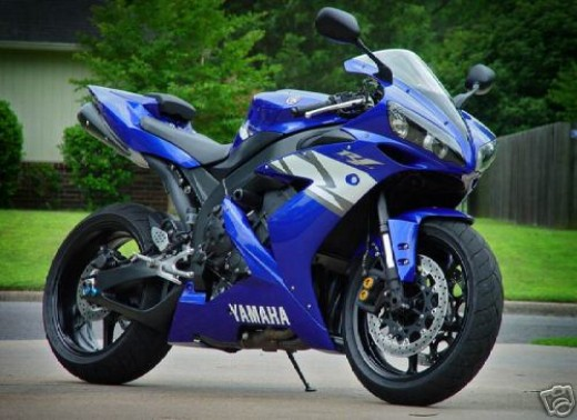 The Launch Of India S First Sports Bike The Yamaha Yzf