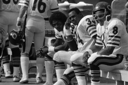 Dejected Bears, James Scott; Walter Payton; and Vince Evans sit on the bench as a game with the Steelers nears the end 9/28. Steelers won 38-3. IMAGE: Bettmann/CORBIS September 28, 1980 Pitsburgh, Pa