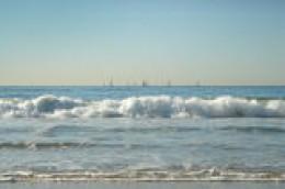 Courtesy TrekEarth.com    Roll of the waves @ Redondo