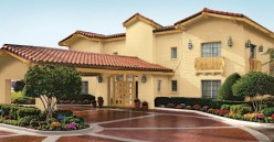La Quinta Inn and Suites and La Quinta Inns: Reviews, with Pics and Videos