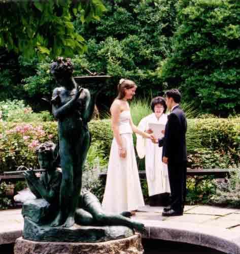 courtesy of http://www.travelvivi.com