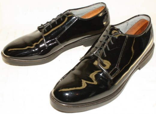 This is the dominant military shoe style - the oxford. It has been around since the 1960s